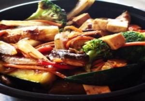 Fresh Asian-Fusion Cuisine from Quite a Stir