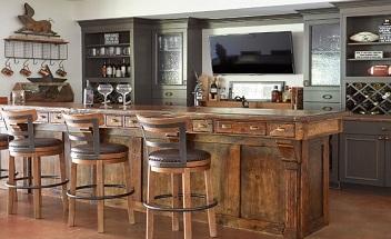 Classic bar
